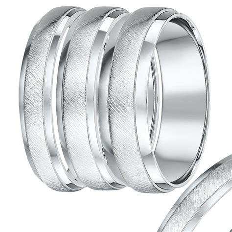 view of unique palladium rings vs platinum