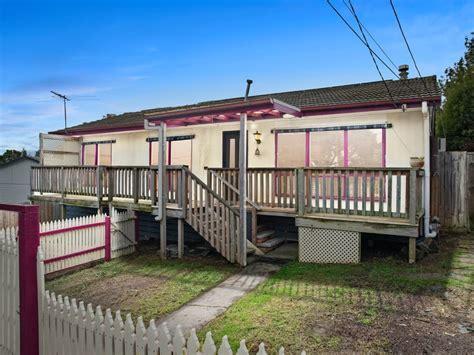 Real Estate & Property for Sale in 183 Hayrick Ln ...