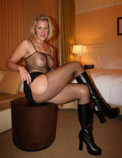 Sexy Mom Selfie Pussy
