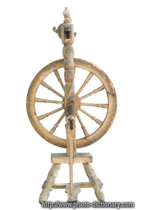 traditional spinning wheel photopicture definition
