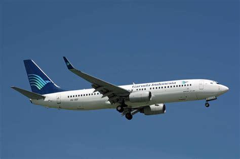 Gambar Transportasi : Pesawat Terbang Angkutan