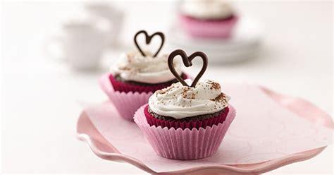 chocolate cupcake recipe travel food  lifestyle blog