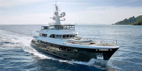 Fort Lauderdale Boat Show Awards by Alloy Superyacht Caryali Wins 2013 Iss Design Award Fort