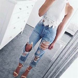 High waisted ripped boyfriend jeans | Tumblr