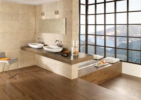 Badezimmer, Fliesen Und Bad