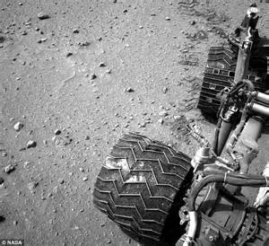 NASA's Curiosity rover's tires are breaking up on Mars ...