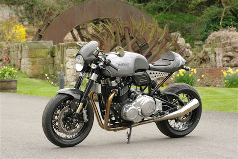 Review Norton Dominator by We Hitch A Ride On The Newest Norton Dominator 961