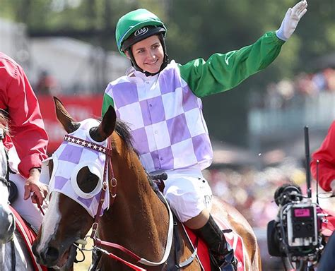 Michelle Payne Makes History Becomes The First Female