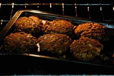 different ways to cook hamburger made burgers without the grill several different ways to cook hamburgers including oven on a