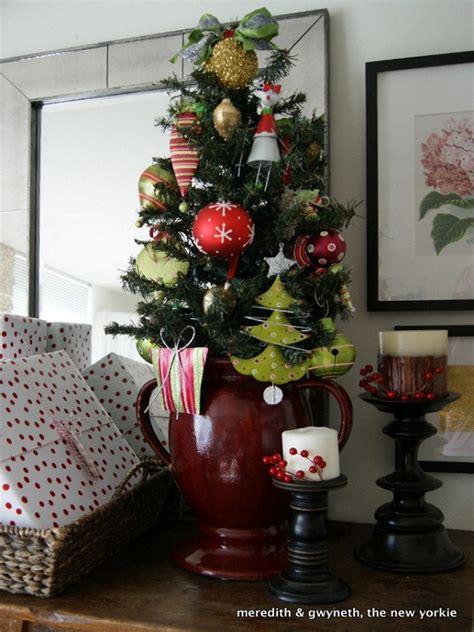 beautiful small christmas tree decoration ideas