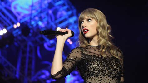 collection  taylor swift pantip
