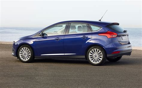 ford focus pricing  specifications