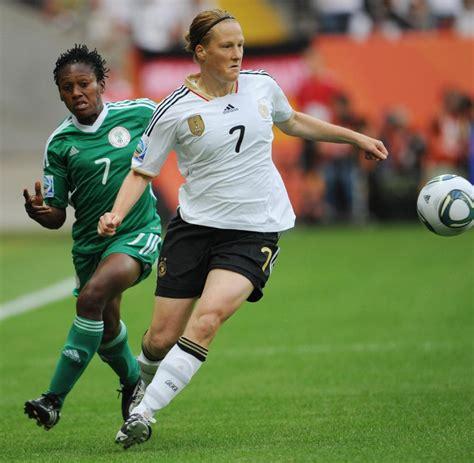 Publinews der fussballsport ist auf der gesamten welt für unzählige menschen die mit abstand wichtigste. Fussball-WM im Fernsehen: 16,39 Millionen - Quotenrekord für deutsche Frauen - WELT