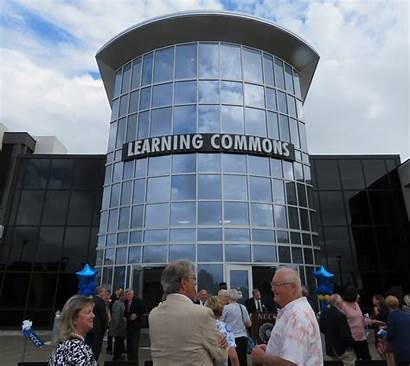 Learning Commons Nccc Cuts Ribbon Outside