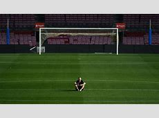 Videos and pictures Andres Iniesta plays final match for