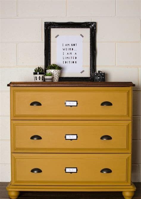 peinture jaune moutarde la couleur jaune moutarde nouvelle tendance dans l int 233 rieur maison archzine fr