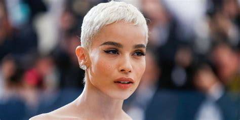 Celebrity Short Hair Trends 2018   Pretty Hairstyles.com