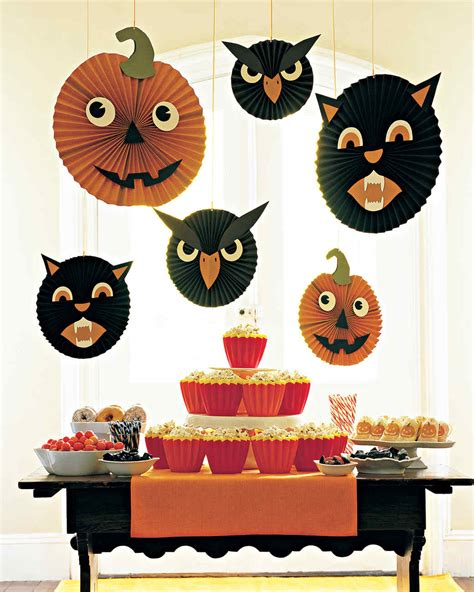 12 Frightfully Adorable Halloween Crafts For Preschoolers