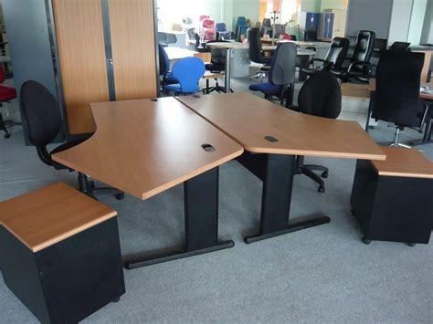 bureaux d occasion occasion mobiliers de bureau bureau angle déporté d 39 occasion