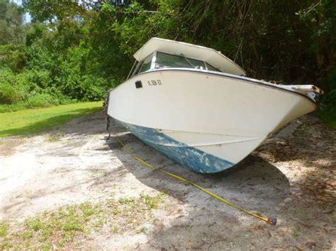 Free Boats by Free 22 Foot Boat With Cuddy Cabin South Fort