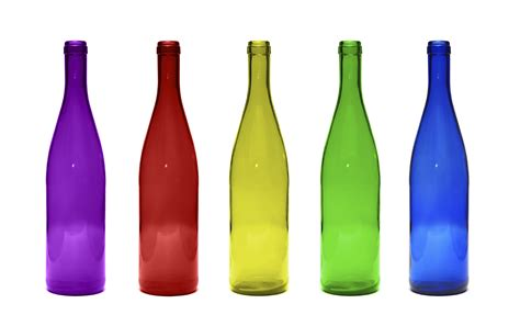 battle of the glass bottles clear or colored packaging