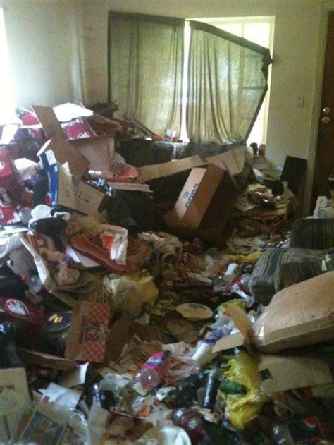 house full  garbage  pics