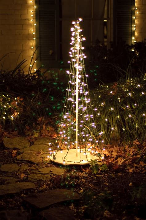 lilybug designs outdoor christmas tree