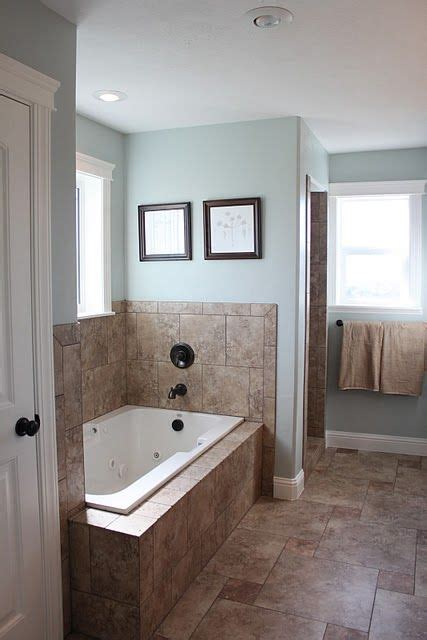 bathroom colors are popular the relaxing