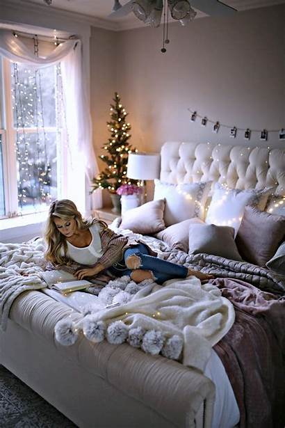 Bedroom Decor Holiday Welcome