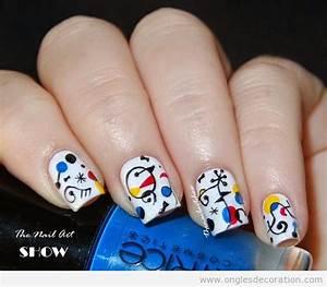Nail Art Printemps 2018 : d coration sur ongles nail art dessin sur ongles tuto pas pas ~ Dode.kayakingforconservation.com Idées de Décoration
