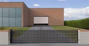 Portail Electrique Solaire : motorisation solaire pour portail coulissant habitat ~ Edinachiropracticcenter.com Idées de Décoration