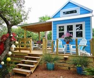 Tiny (RV) Beach House Cottage Living on St George Island