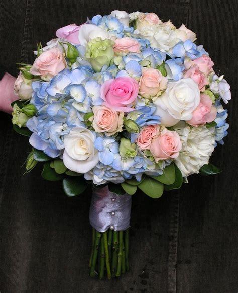 blue hydrangea bouquet  pink roses  wedding