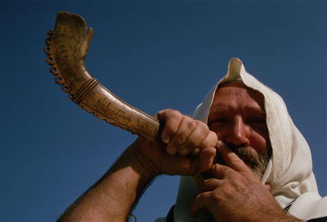 Yom Kippur yom kippur works howstuffworks 3546 x 2415 · jpeg