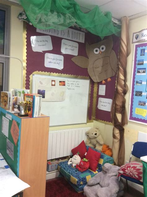 this is a book corner in a year 6 classroom this has
