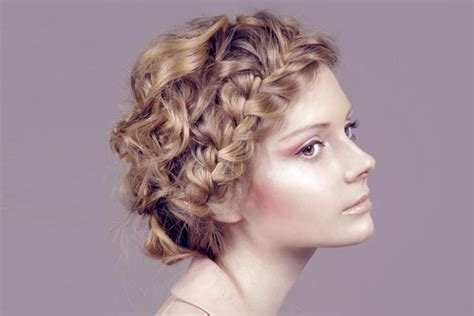 Curly Hairstyles For Prom Night Parties