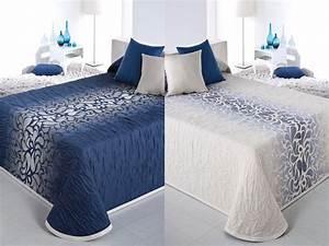 Couvre Lit Bleu : couvre lit bleu pas cher couvre lit ado dessus de lit pas cher boutis reig marti couvre lit ~ Teatrodelosmanantiales.com Idées de Décoration