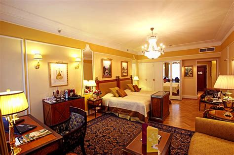 chambre hote riom chambre junior suites at st petersburg 39 s belmond
