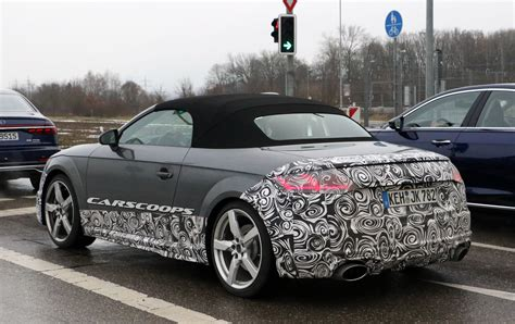 scoop facelifted audi tt rs will not mess with a winning formula carscoops