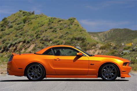 Video Galpin Auto Sports Mustang Retracting Hardtop In