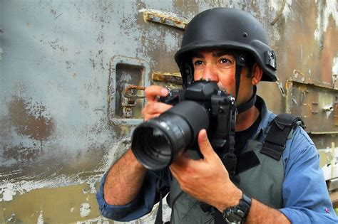 marine corps jobs  combat photographer