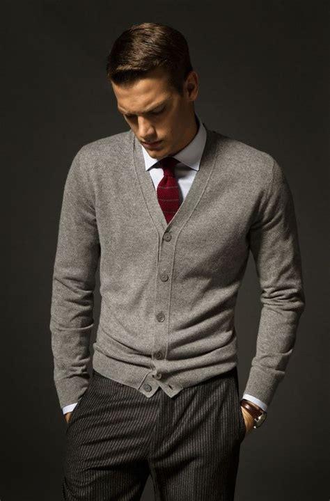 weinroter pullover herren grauer cardigan mit hemd und krawatte gentlemen pullover mit hemd stil und m 228 nner