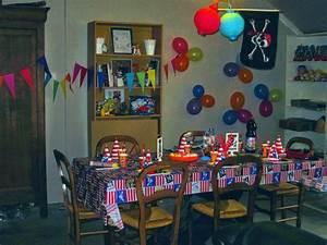 Décoration D Anniversaire : anniversaire pirates et octonauts pour un enfant de 4 ans ~ Dode.kayakingforconservation.com Idées de Décoration