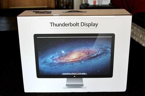 M: Apple MC914LL/B 27-inch Thunderbolt Display