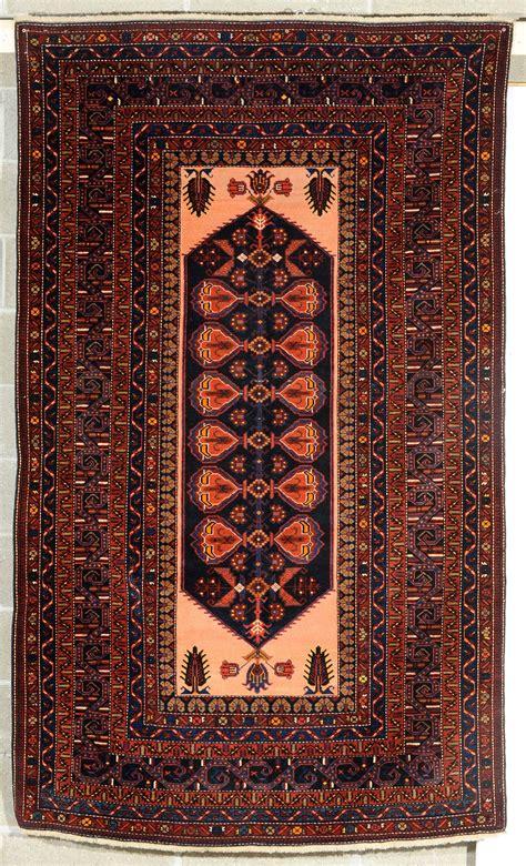aste tappeti tappeto caucasico shirvan xx secolo tappeti antichi