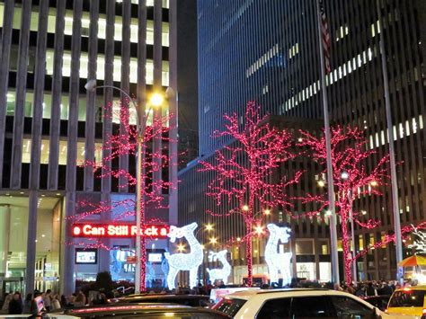 holiday lights and movie sites nyc holiday tour lights and movie sites on location tours
