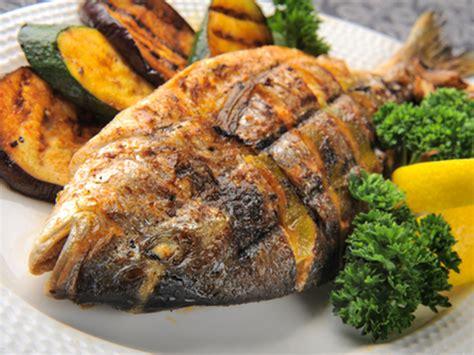 cuisiner saumon entier barbecue nos meilleures recettes