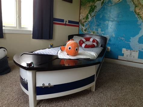 Boat With Bed And Bathroom by 57 Best Nautical Themed Bathrooms Images On