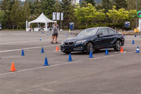 Bmw Tours by Bmw Ultimate Driving Experience Tour 2017 Gate To Adventures