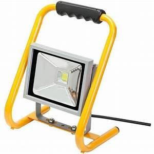 Projecteur De Chantier Led : projecteur de chantier led chip brennenstuhl secteur ~ Edinachiropracticcenter.com Idées de Décoration
